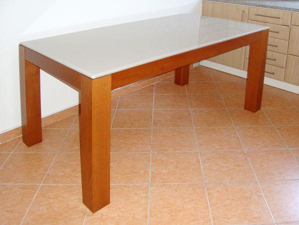 Jídelní stůl Tre-160 TŘEŠEŇ