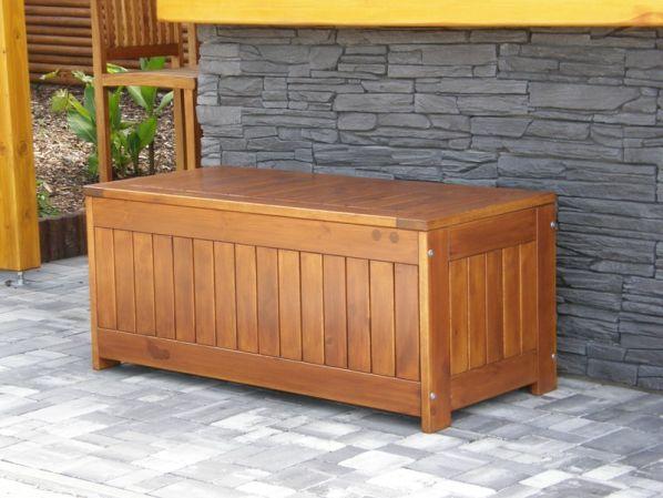 Dřevěná truhla na polstry Bez povrchové úpravy